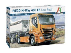 3928 1/24 Iveco Hi-Way 480 E5 (Low Roof) ITALERI